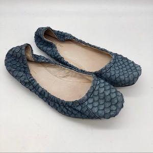 All Black  Blue Textured Ballet Flats